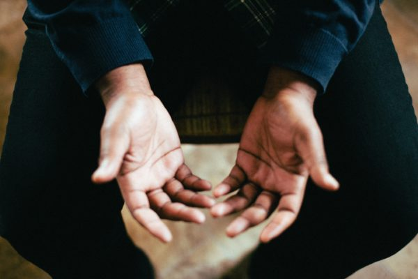 3 easy ways to alleviate hand pain